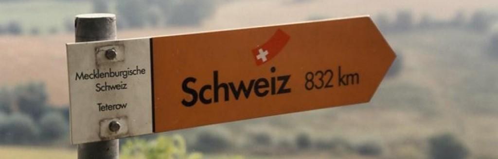 Mecklenburgische Schweiz, Burg Schlitz, Wegweiser am Rötelberg